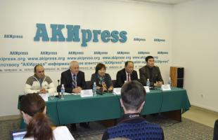 "8 APRIL 2015, 2 P.M., PRESS CENTER OF VECHERNY BISHKEK HELD THE BRIEFING ""GUARANTEES OF INDEPENDENCE AND INVIOLABILITY OF LAWYERS: HOW DOES IT WORK?"""